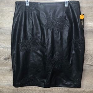 NWT BEAUTIFUL FAUX LEATHER SKIRT WITH LACE PATCHES